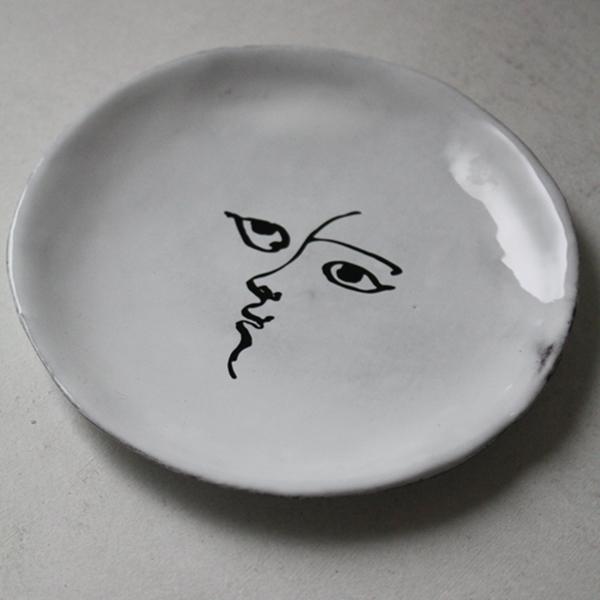 トワエモワ小皿のイメージ画像