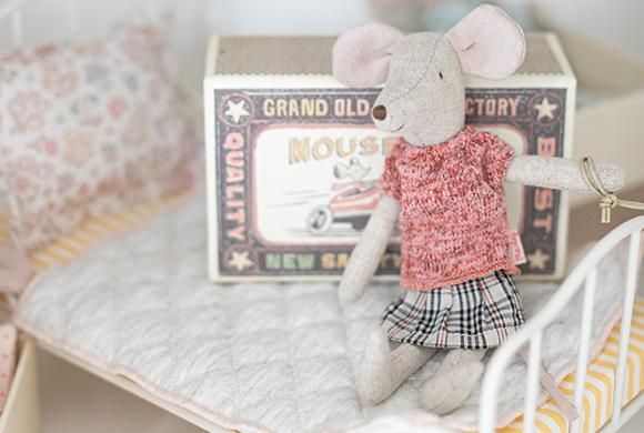 おかあさんネズミ/チェックスカート イメージ画像